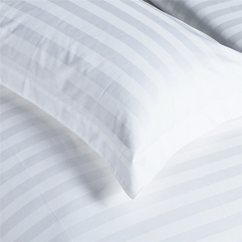 White Hotel Bedding 400 thread count righe Cal Re